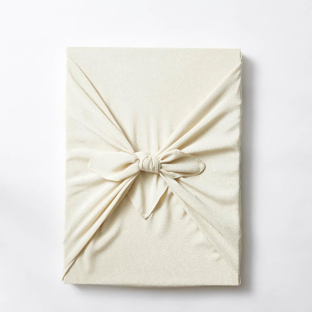 お誕生日新聞 古希(70枚セット) あらたまった御祝品にふさわしく風呂敷にお包みします。