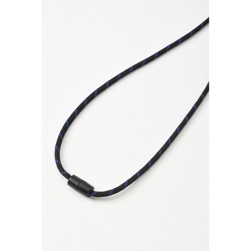 首掛け携帯用扇風機 BRUNO/ブルーノ ウェアラブルファン ネックストラップは首にかけても違和感の少ないソフトな素材です。