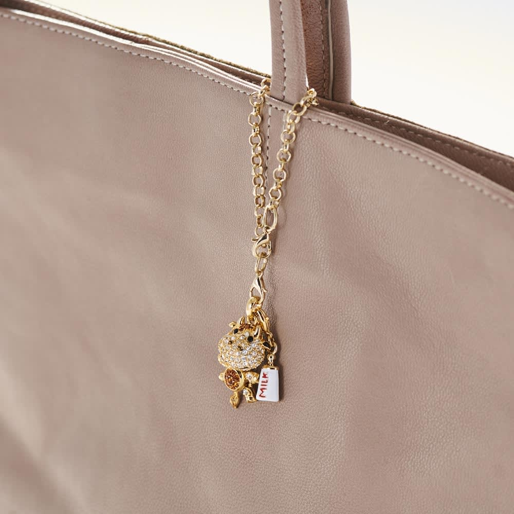 キラキラねずみバッグチャーム 使用イメージ ※写真は丑チャームです。