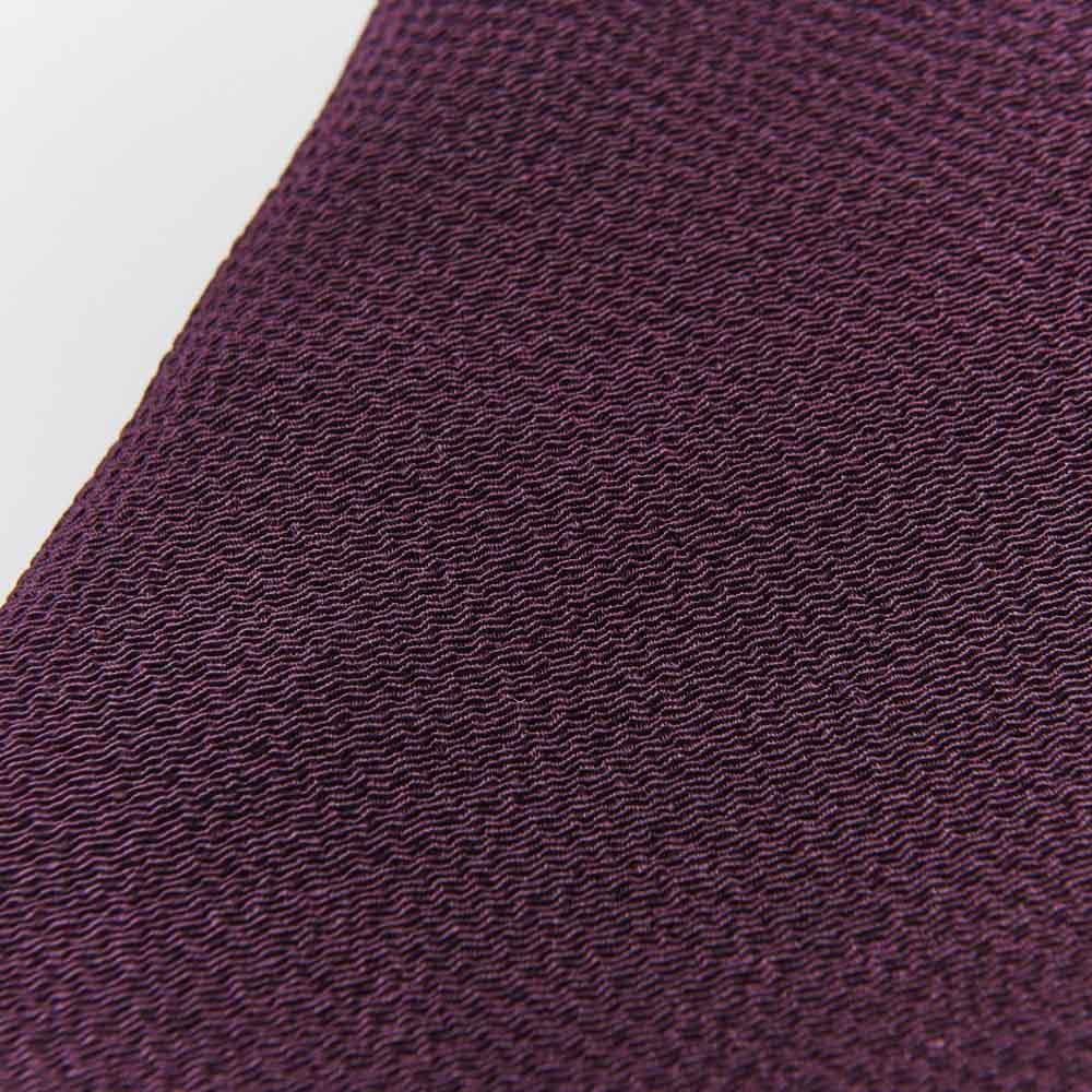 京都正絹ちりめん台付袱紗 ボックス入り シルクのちりめん素材が美しく、年齢を問わず使えるシンプルなデザイン。