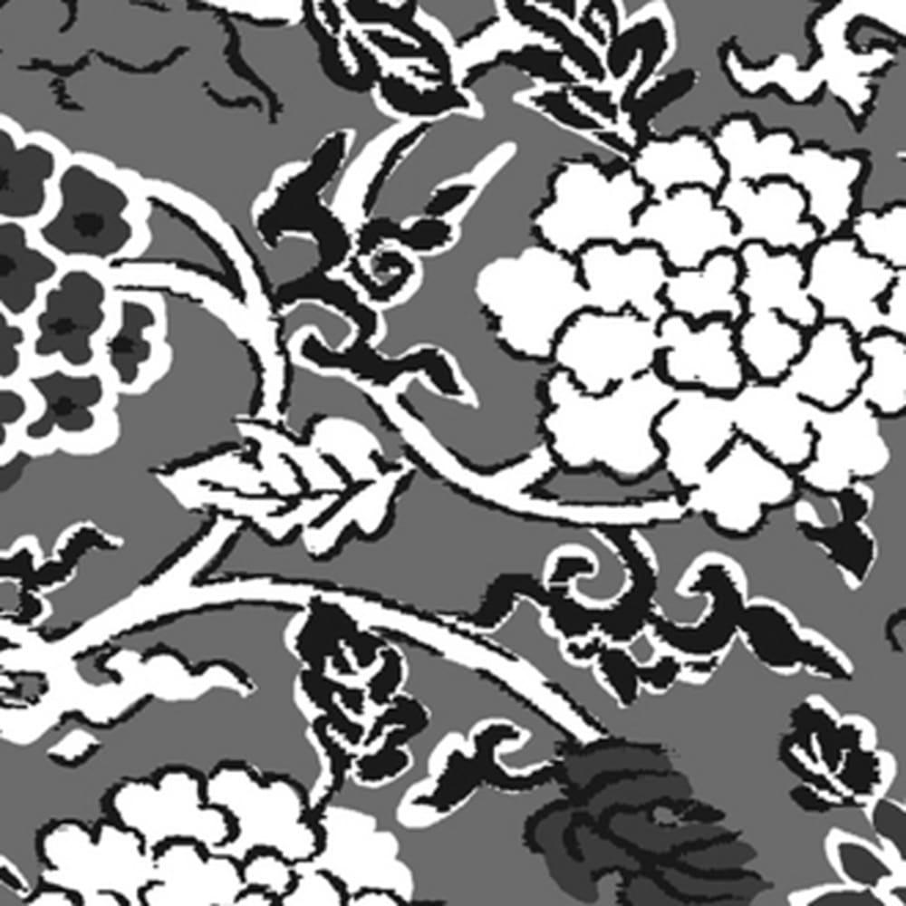 京錦金封袱紗 花唐草 ボックス入り 伝統的な模様「花唐草」 インドに発した一種の花文様が、シルクロードを経て唐草文様と交わって様々な花唐草文様が生まれました。蔓草は生命力が強く、どこまでも成長するところから反映を象徴しています。
