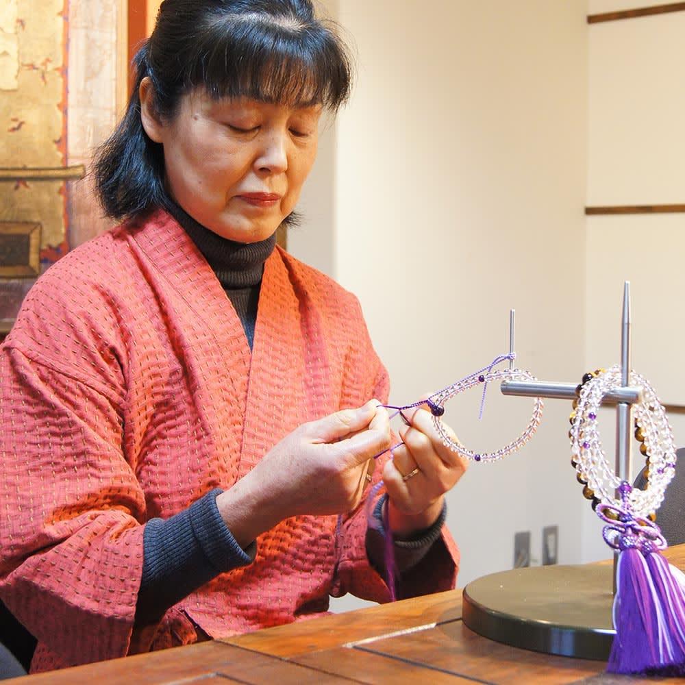 京都中郷 本水晶・誕生月天然石入り京念珠 ケース付 明治18年創業の老舗工房「中郷」の職人が、ひとつひとつ丁寧に仕上げます。
