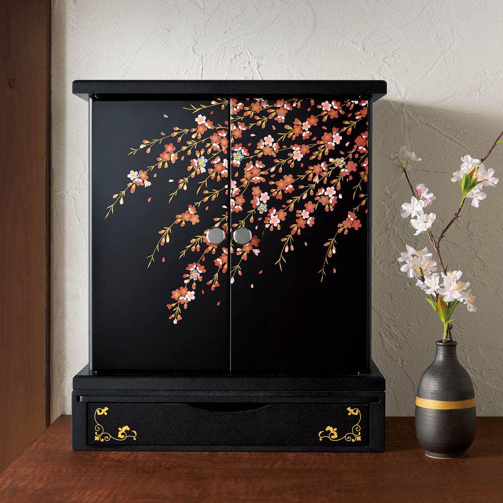 紀州塗 漆器ミニ仏壇 しだれ桜 仏壇・大 ※写真は仏壇・大&置き台です。こちらの商品には置き台は含まれません。上部仏壇のみとなります。