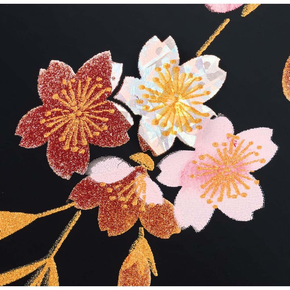 紀州塗 漆器ミニ仏壇 しだれ桜 仏壇・小&置き台 躍動感豊かに描かれた桜。所々に螺鈿風の絵付けも。