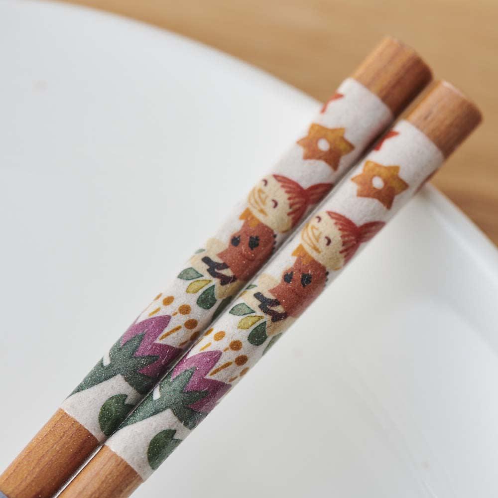 ムーミン 木箱入りペア箸セット 小さいサイズはリトルミイ柄。
