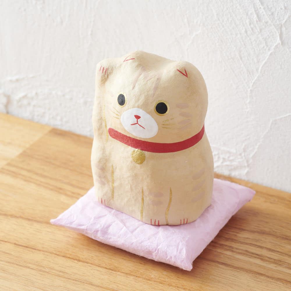はりこーシカ 招き猫(洋)