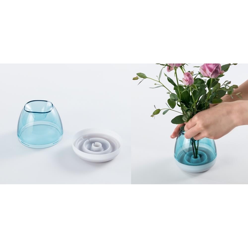 フラワーベース Plakira flowers (一輪挿し用) ※上部デザインはお届けの商品と異なります 剣山がなくても、簡単にお花が生けられるクボミ付き。初心者さんでも簡単アレンジ!