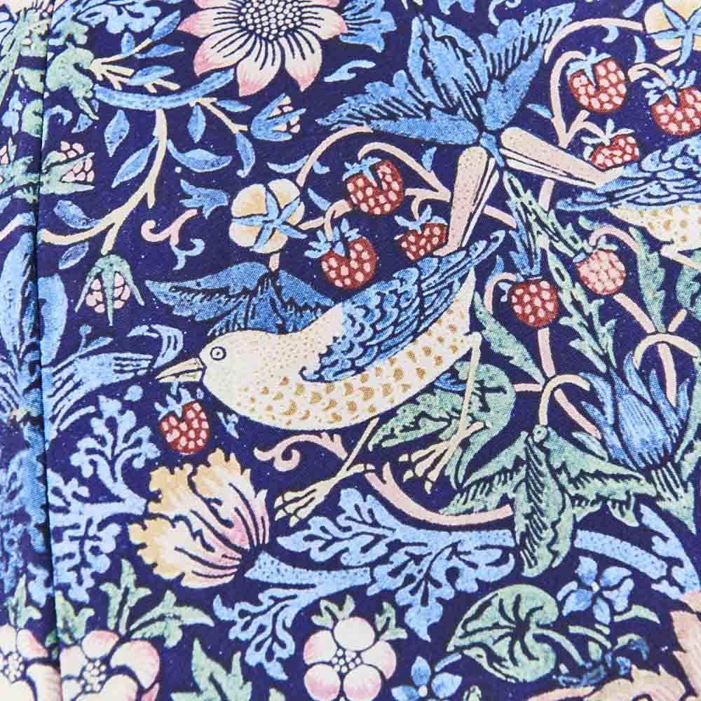 UVカット晴雨兼用長傘 ウィリアムモリス 大人気のウィリアム・モリス『いちご泥棒』デザイン。