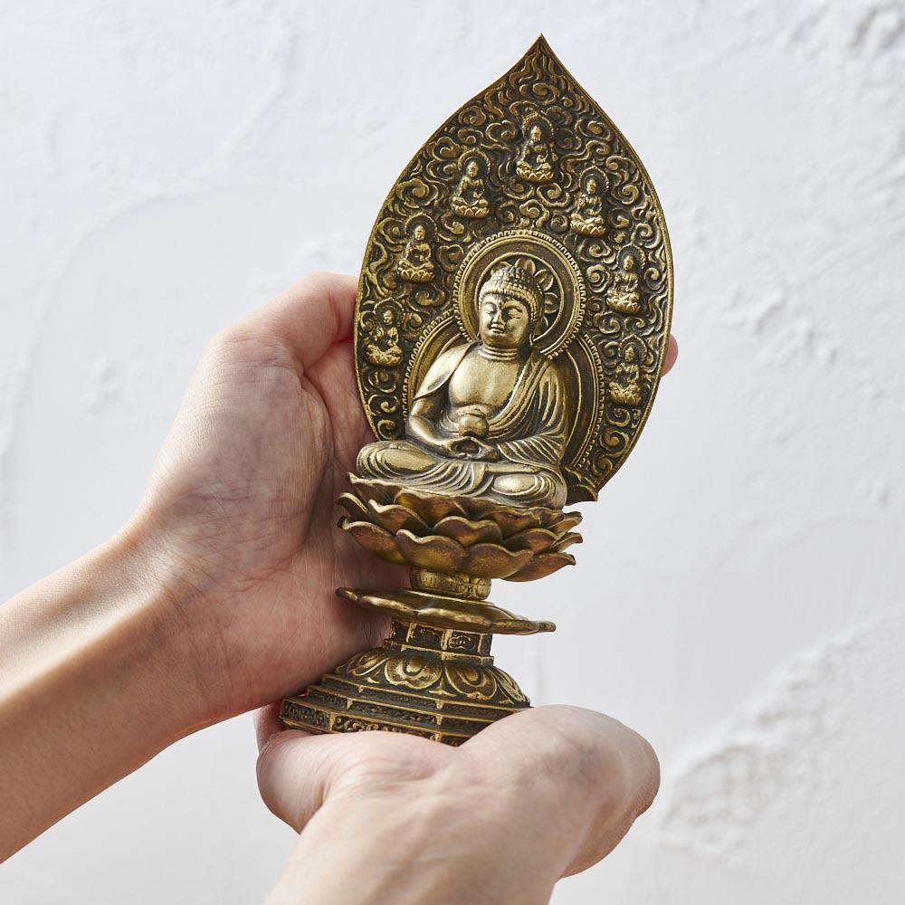 ミニ仏像 薬師如来座像 置き場所を選ばない小さいサイズです
