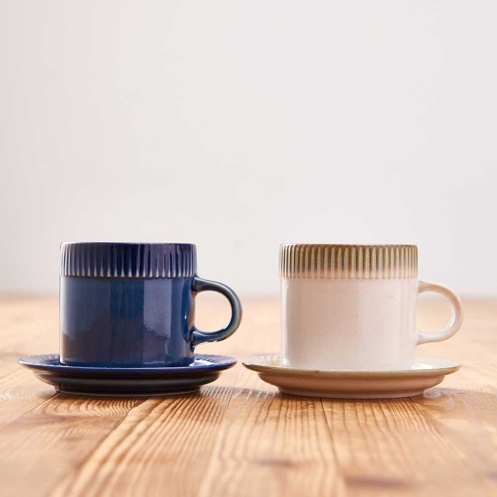 ポトペリー blur ペア デミタス コーヒーカップ&ソーサー カップ2個、ソーサー2枚セット BOX入りでお届けします。