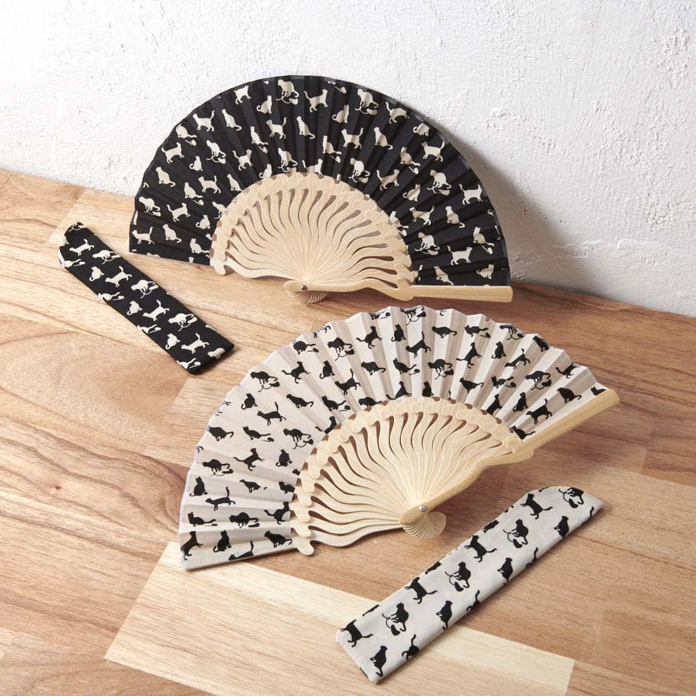 着物屋さんが作った猫柄扇子(扇子袋付き) 上:(イ)ブラック、下:(ア)クリーム