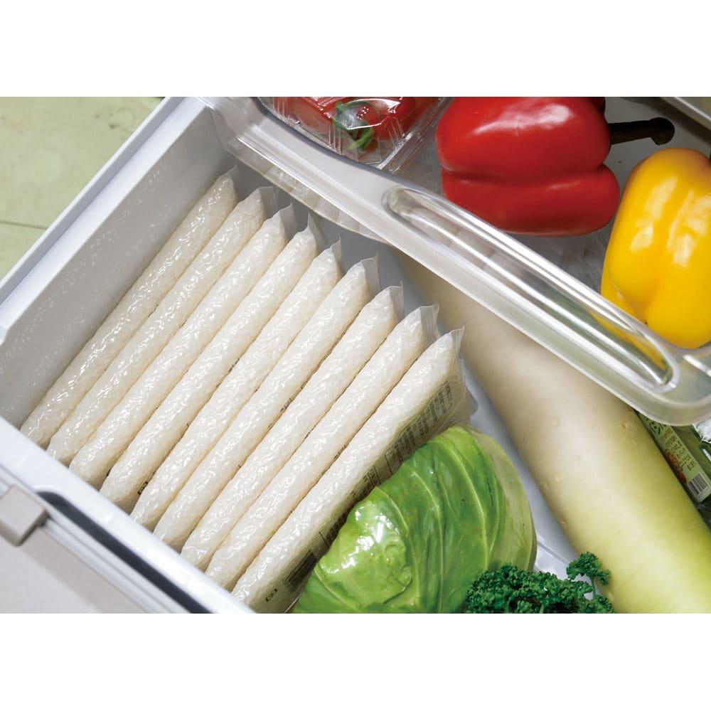 <25周年記念特典付き>魚沼産こしひかり 一等米 2合用使い切り真空パック 無洗米 300g(10袋)【定期便】 冷蔵庫での保存をオススメします。スッキリ収まって便利!
