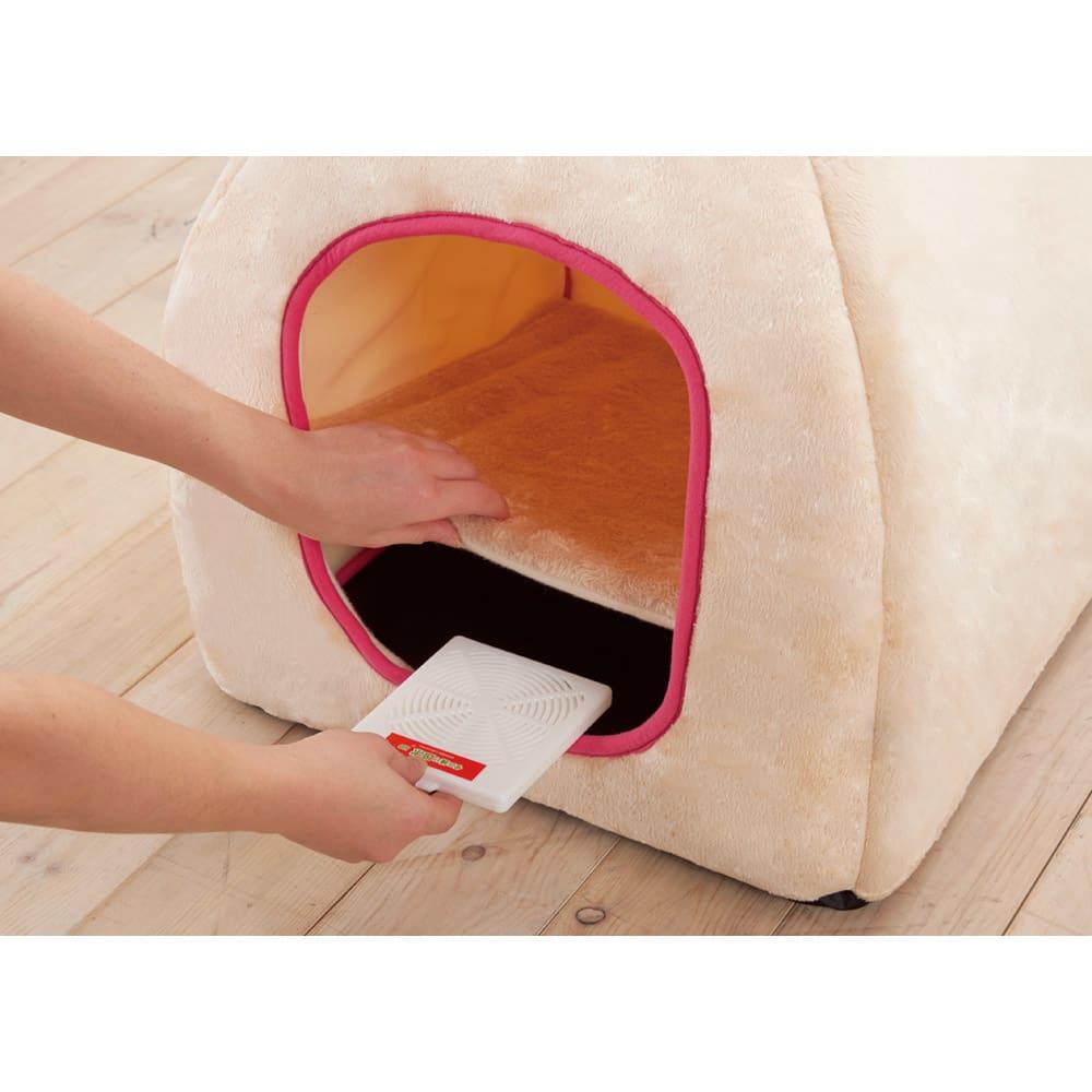 日革研究所製「ダニ捕りロボ」 ラージサイズ 5枚組(ソフトケース大5枚付き) ダニの出現場所第3位…ペットハウス ※写真はハードケース