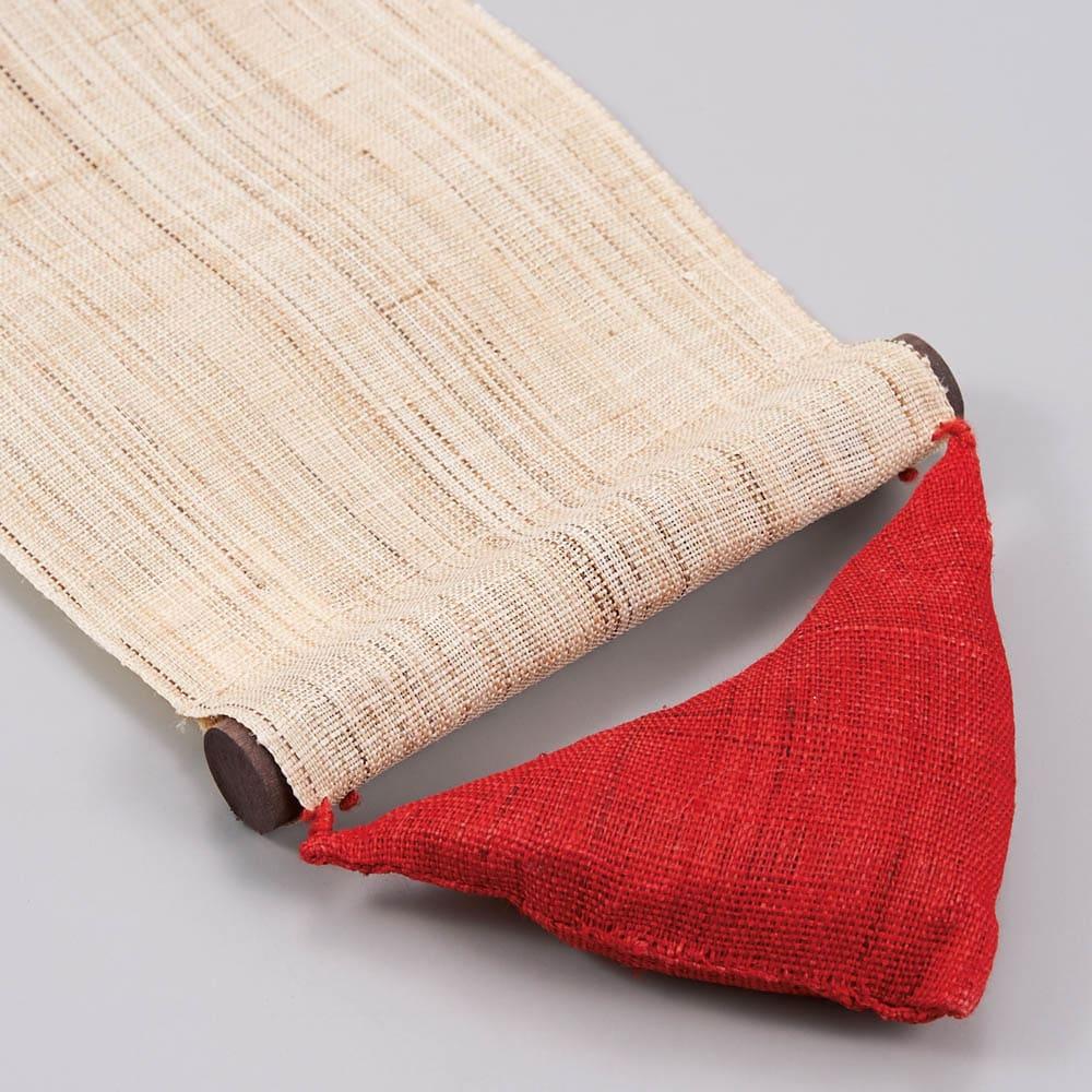 京都洛柿庵細タペストリー 秋 ※2点以上%オフ かわいい三角の重りで生地がピンときれいに張った状態に。