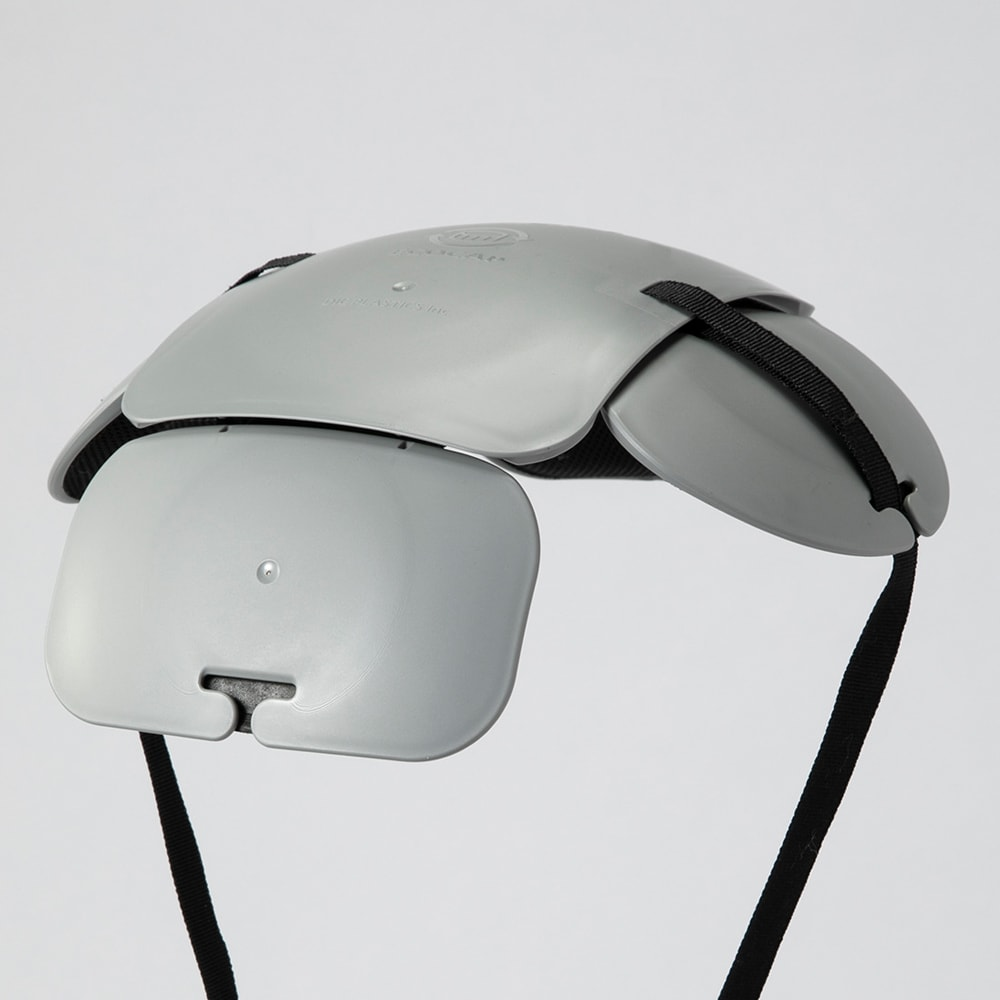 防災帽子 内側に耐衝撃プロテクターを装着。