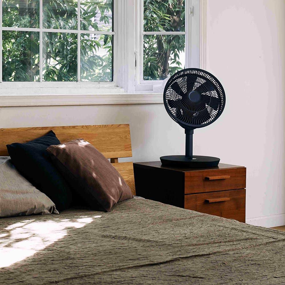 デュクス扇風機 Whisper Flex Touch (羽根直径:27センチ) ショートサイズ使用時(イ)グレー
