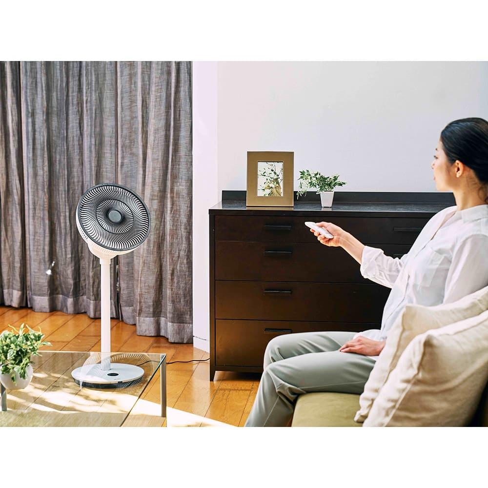 デュクス扇風機 Whisper Flex Touch (羽根直径:27センチ) 【扇風機として】夏は優しい風の扇風機