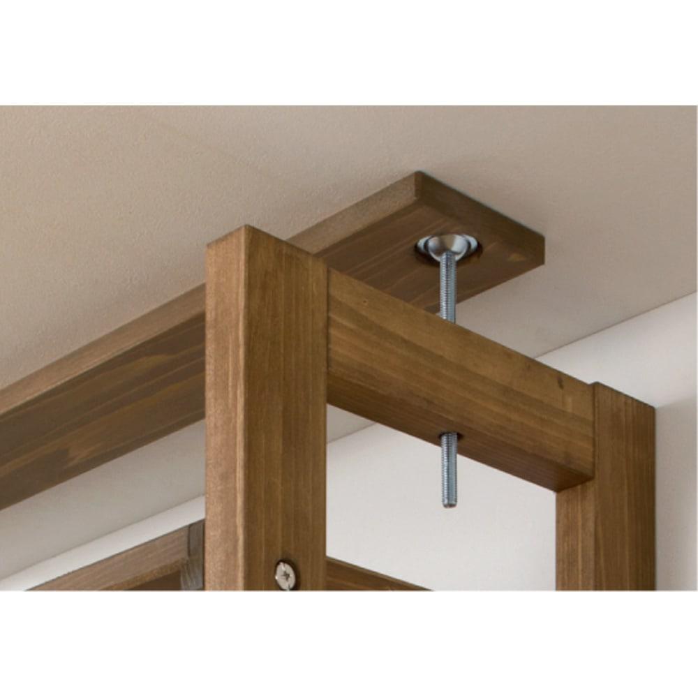 国産檜 頑丈突っ張りシェルフラック 薄型 奥行17cm 幅75cm 天井との突っ張りは面でしっかり支えます。