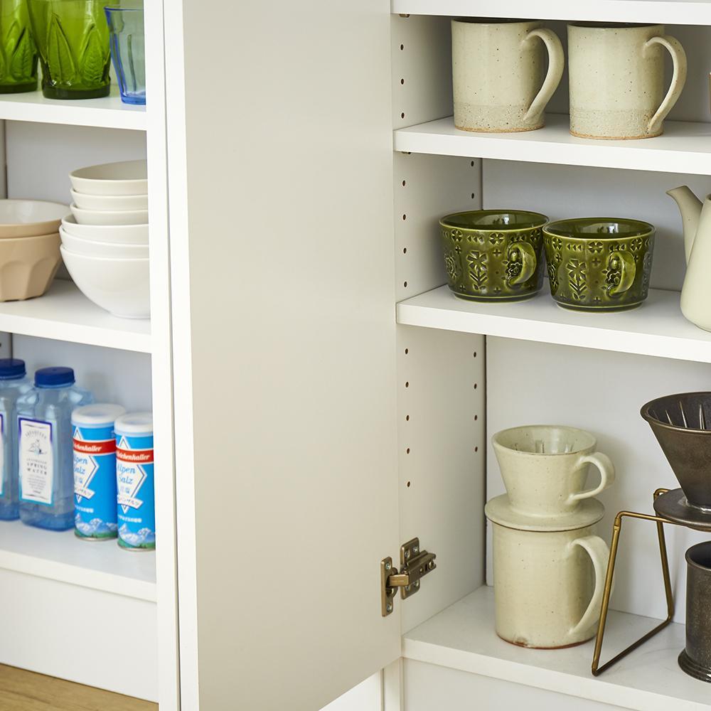 扉つきカウンター下収納 幅89cm(3枚扉) コップや皿など食器類も収納可能です。