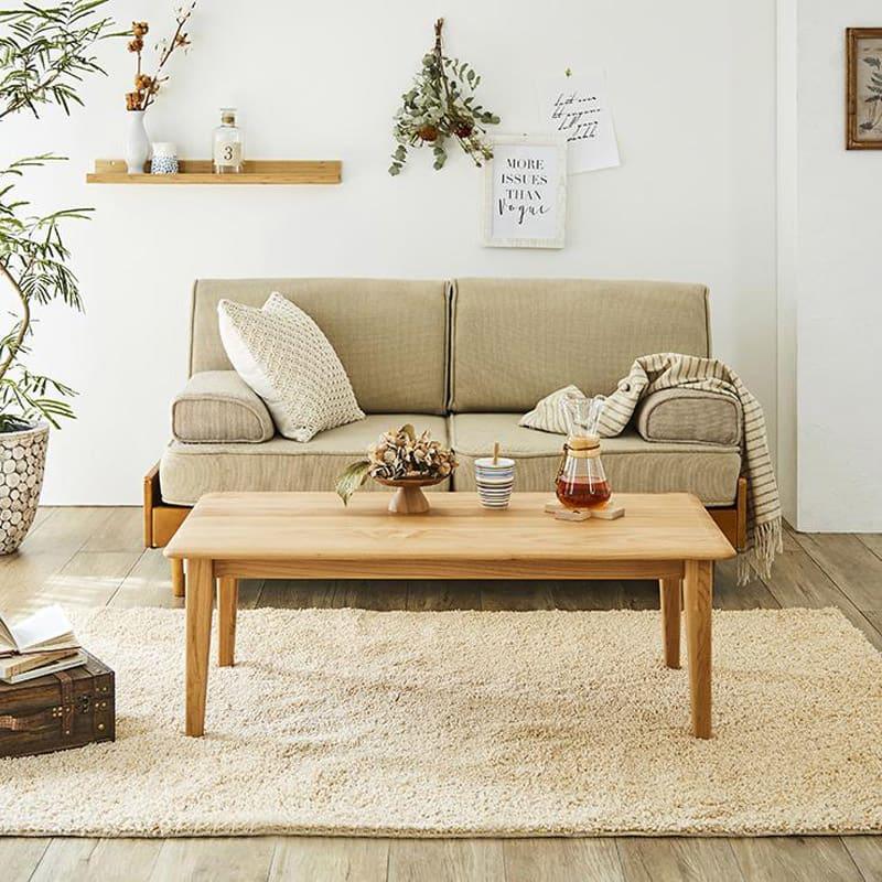 角の丸みが優しい天然木テーブル 天然木アルダー材の美しい木目がナチュラルな北欧風リビングテーブル。