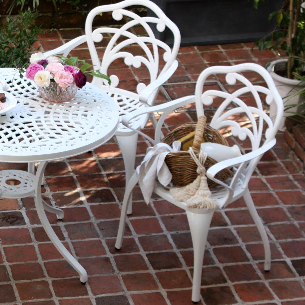 リーズホワイトファニチャー チェア2脚組 お届けは椅子2脚です
