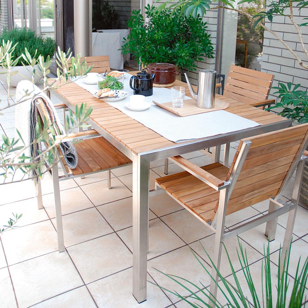 ライズ ダイニングテーブル コーディネート例 ※お届けはテーブルです。