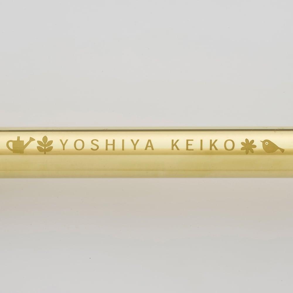 職人手作り柔らかな水の真鍮ノズル 長さ64cm 吉谷桂子さんが手掛けた刻印は、ディノスオリジナル。