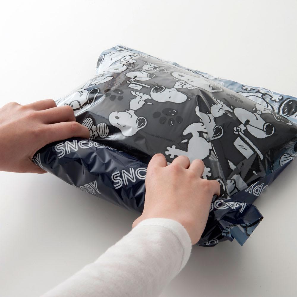 SNOOPY(スヌーピー)/衣類圧縮袋 Mサイズ4枚セット(手で簡単に圧縮可能)|PEANUTS