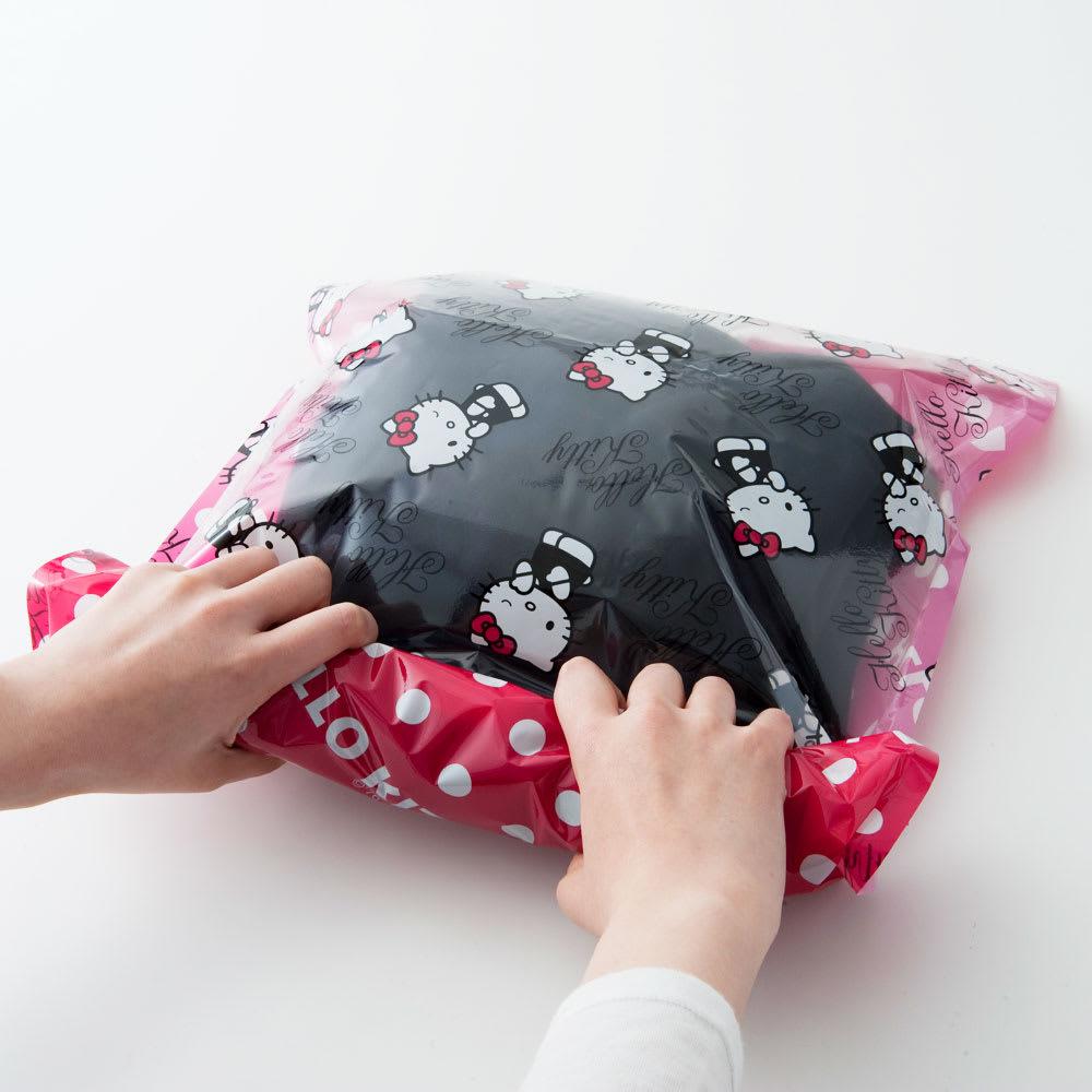 Hello Kitty(ハローキティ)/衣類圧縮袋 Mサイズ4枚セット(手で簡単に圧縮可能)