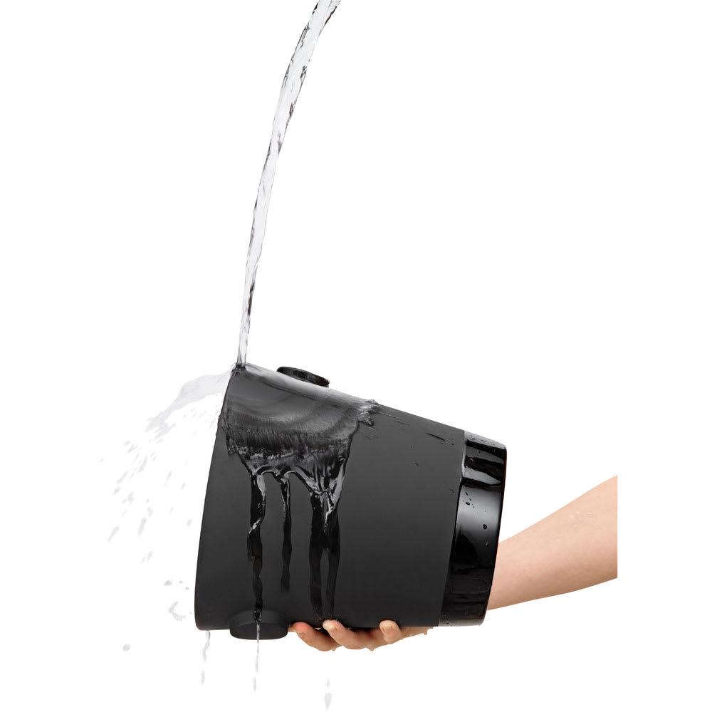 magisso(マギッソ)/ブラックカラーテラコッタ シャンパン&ワインクーラー 最初に水、もしくは冷水に浸します。