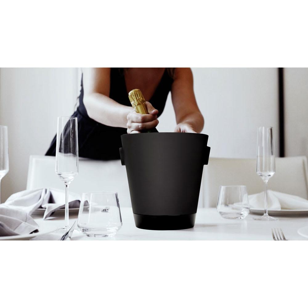 magisso(マギッソ)/ブラックカラーテラコッタ シャンパン&ワインクーラー モダンなデザインが魅力的