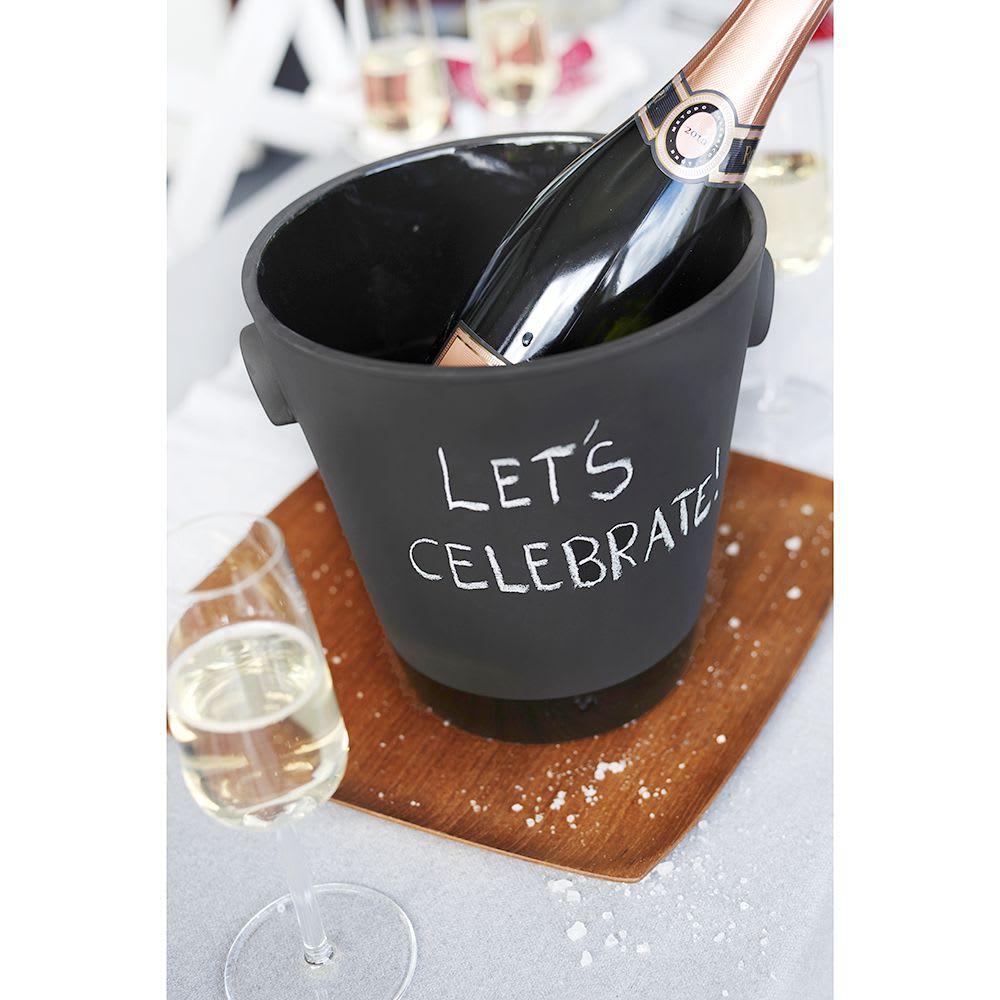 magisso(マギッソ)/ブラックカラーテラコッタ シャンパン&ワインクーラー 表面はチョークで自由にラクガキが出来ます。消したい時は水洗いで簡単に落とせます。