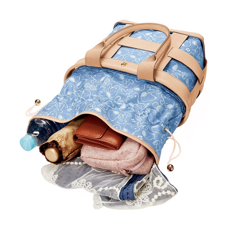 SNOOPY(スヌーピー)/幸せのバスケット 牛ヌメ革かご型トート|PEANUTS マチ幅広めで荷物を取り出しやすいワンボックスタイプ
