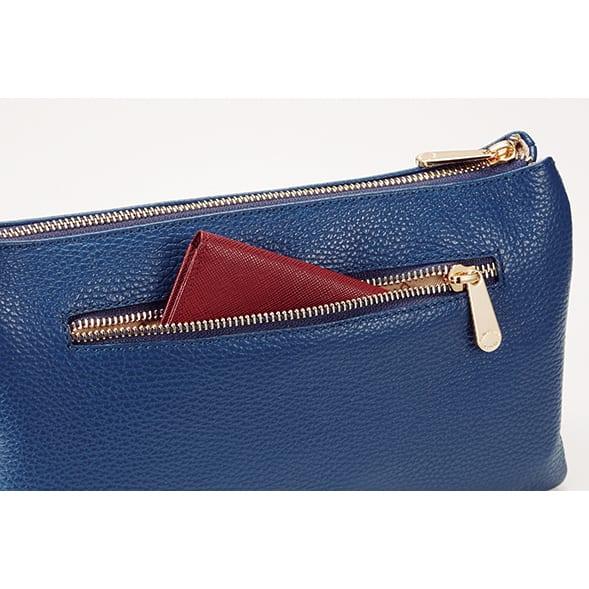 ピッコロ・マリーノ お財布ポシェット 出し入れしやすいファスナーポケットが背面にもついて便利