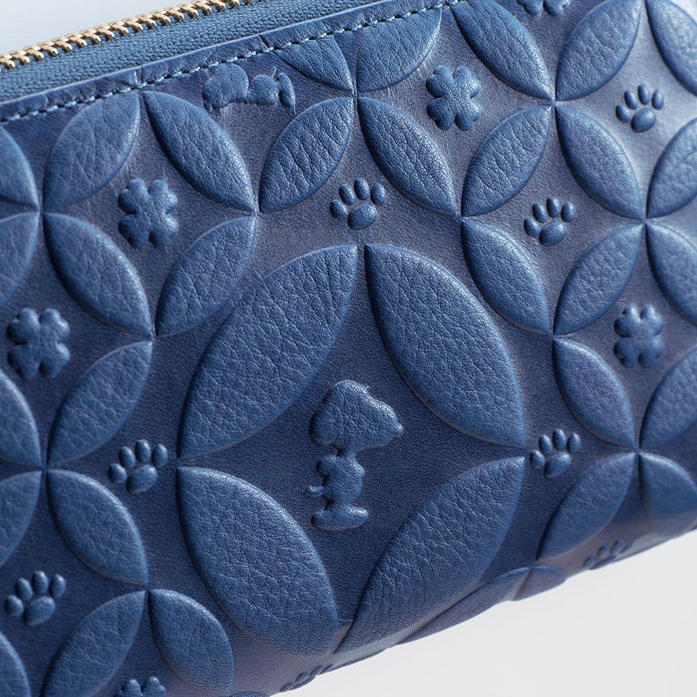 【WEB】SNOOPY(スヌーピー)/しあわせのジャパンブルー 阿波藍長財布|PEANUTS 伝統の阿波藍にしあわせ繋がる七宝分文