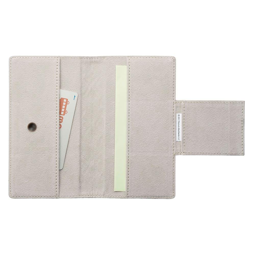 【WEB】SNOOPY(スヌーピー)/浅草文庫 牛革製スマホケース|PEANUTS 内側には2つのポケットが。カードやチケットなどをすっきり収納できます。