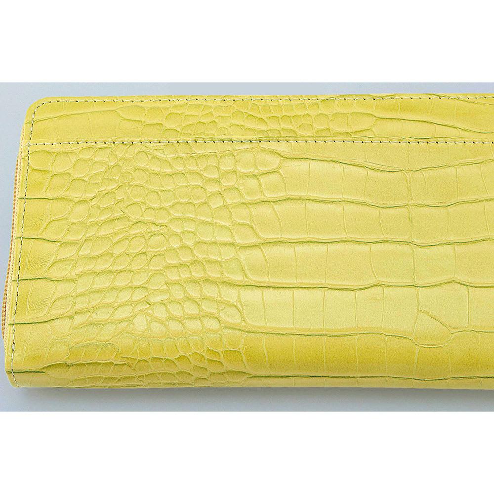 COGIT(コジット)/36カードたっぷり仕分け財布 (ア)イエロー…高級感のあるクロコダイル調の合成皮革。