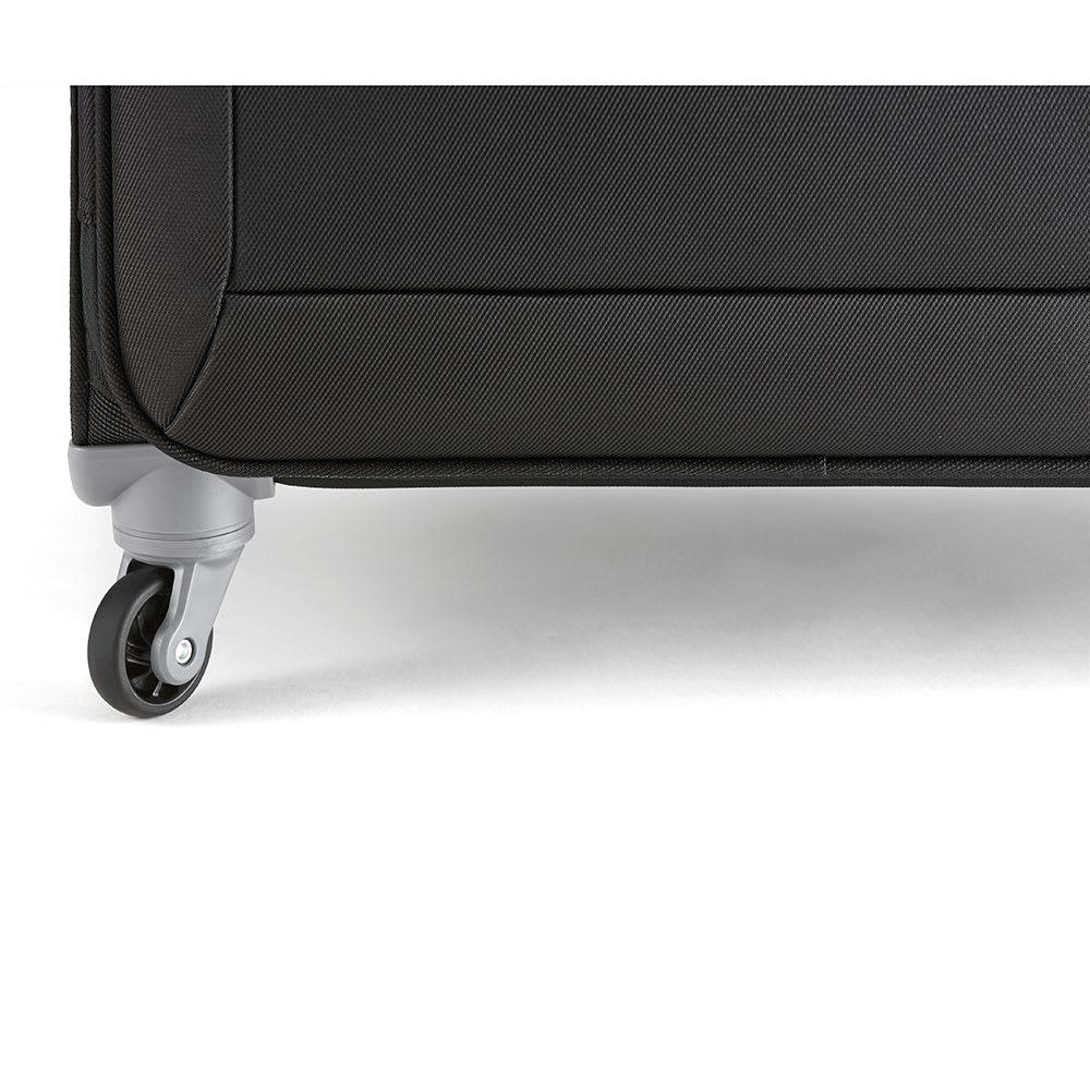 ace. ロックペイントSS ソフトキャリーバッグ 31L 2.3kg 自由な走行・旋回を可能にする4輪自在キャスターを採用しています。