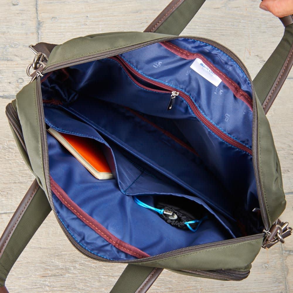マリ・クレール オム エキスパンド機能付ビジネスバッグ 内側/オープンポケット×2