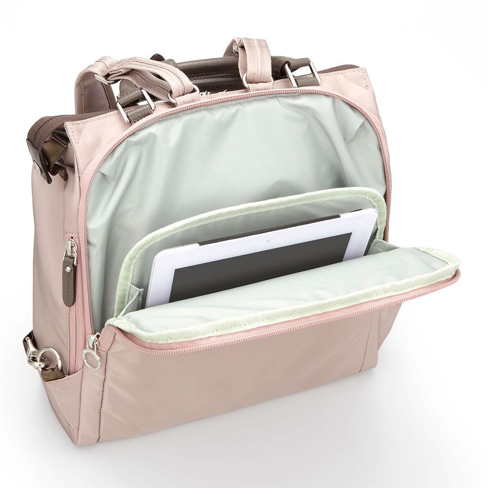 カナナプロジェクト/2WAYリュック A4サイズ 13インチタブレットも収納できる背面ポケット(※商品番号:NV25-89の画像を使用しています。)