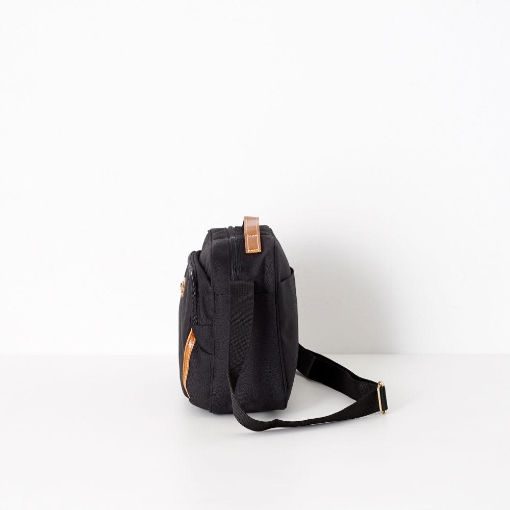 U.P renoma(レノマ)/シリル ヨコ型手付きショルダーバッグ (ア)ブラック/Side