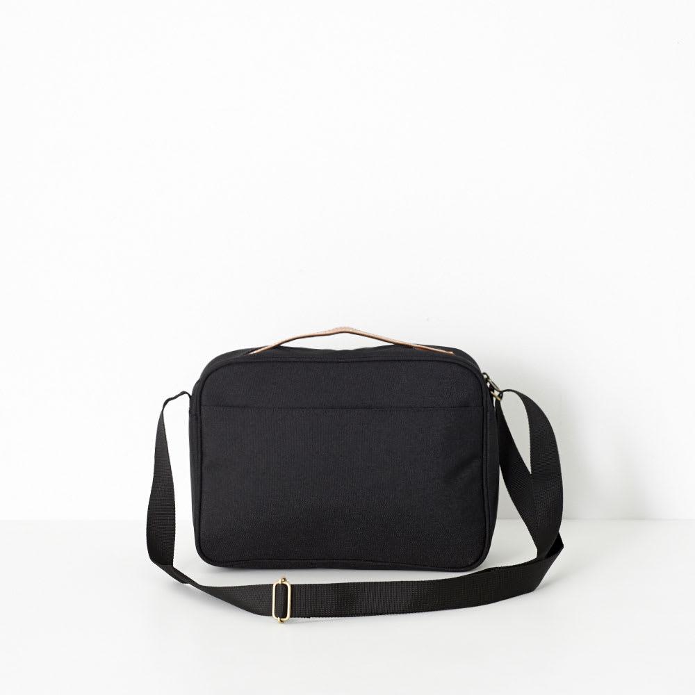 U.P renoma(レノマ)/シリル ヨコ型手付きショルダーバッグ (ア)ブラック/Back