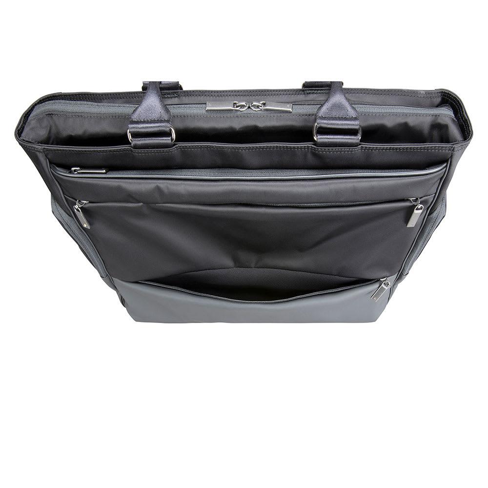 ace.GENE(エース ジーン)/モバイルラパーム B4対応 トートバッグ 正面下側のポケットに内側に吸水速乾メッシュ素材を採用し、折りたたみ傘などの収納にぴったりです。