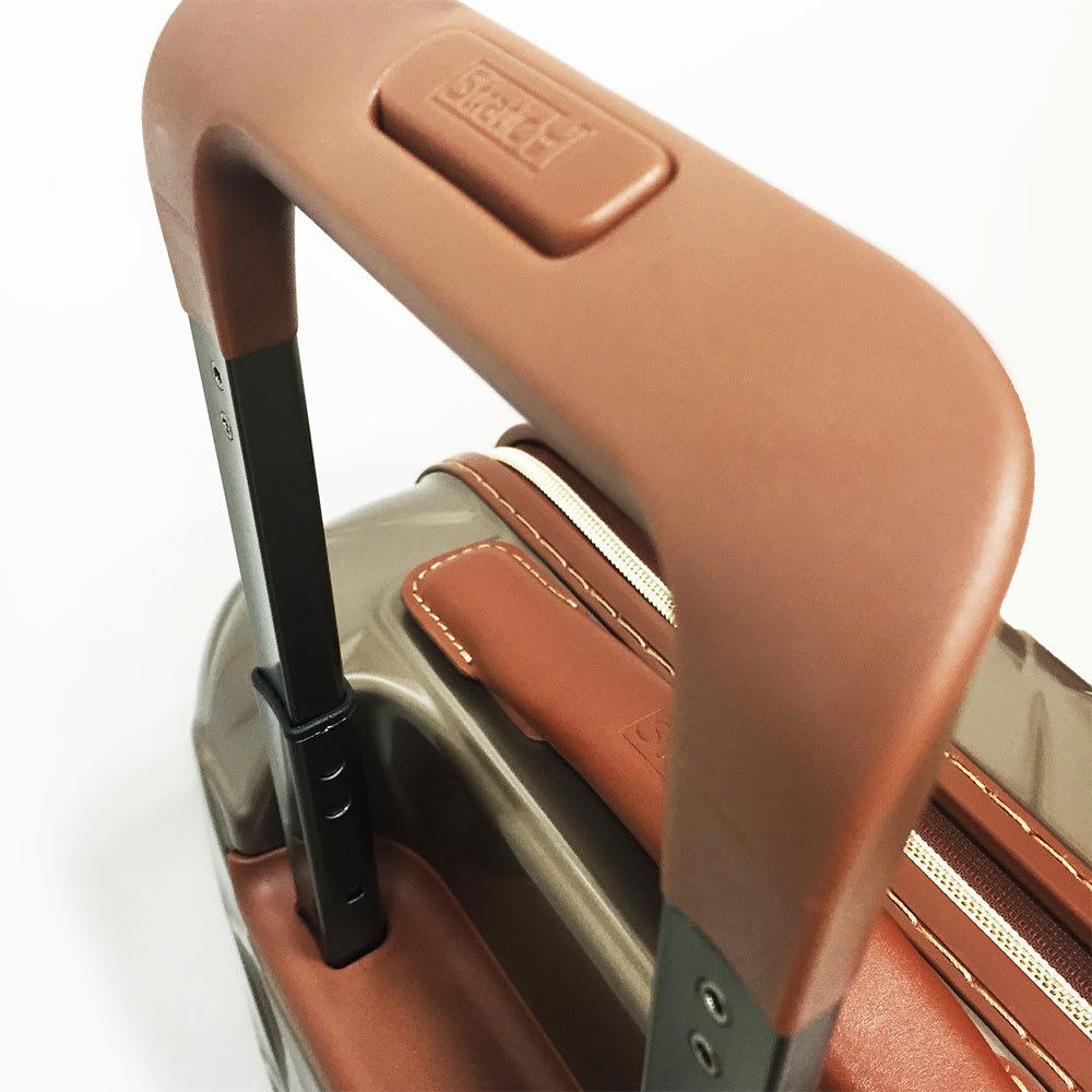 (Lサイズ 100L 4.36kg)Stratic(ストラティック)/「Leather & More」スーツケース|キャリーケース・キャリーバッグ キャリーバーは機内持込Sサイズが3段階、M・Lサイズは4段階調整式。