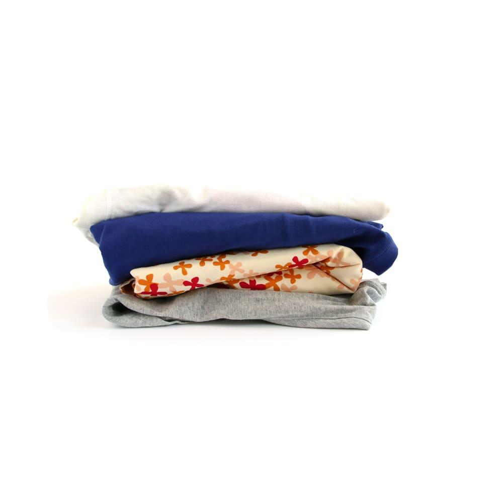 Hello Kitty(ハローキティ)/衣類圧縮袋 スタンダードロゴ(Lサイズ 4枚セット) ※使用例