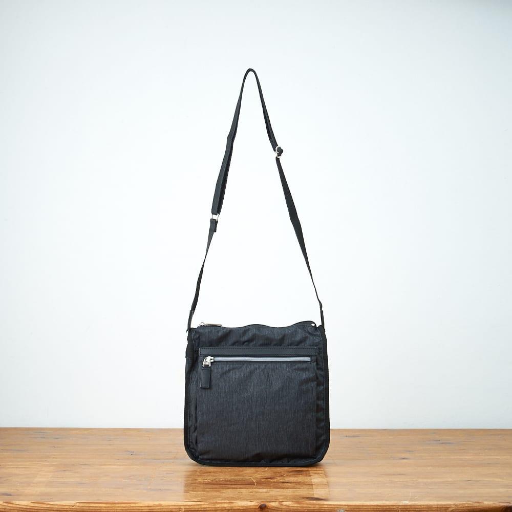 ace.TOKYO(エース トウキョウ)/フェズフォルド 多ポケットのショルダーバッグ (ア)ブラック