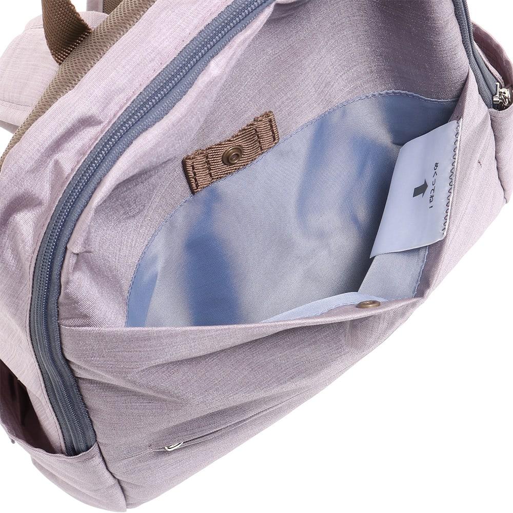 WORLD TRAVELER(ワールドトラベラー)/リンク スリムリュック サッと取出したい荷物を入れるのにも便利な前ポケット。