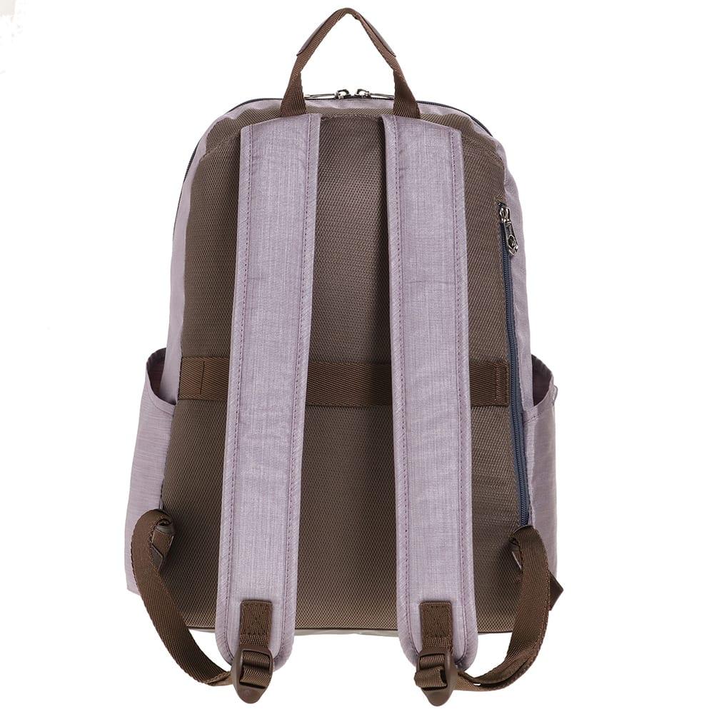 WORLD TRAVELER(ワールドトラベラー)/リンク スリムリュック 背面の体に近い箇所に独立したセキュリティポケットをつけました。