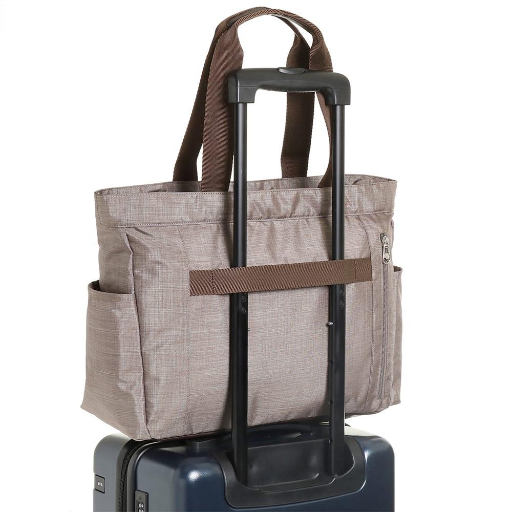 WORLD TRAVELER(ワールドトラベラー)/リンク ボストントート お持ちのキャリーバッグに取付けられる、セットアップ機能付。