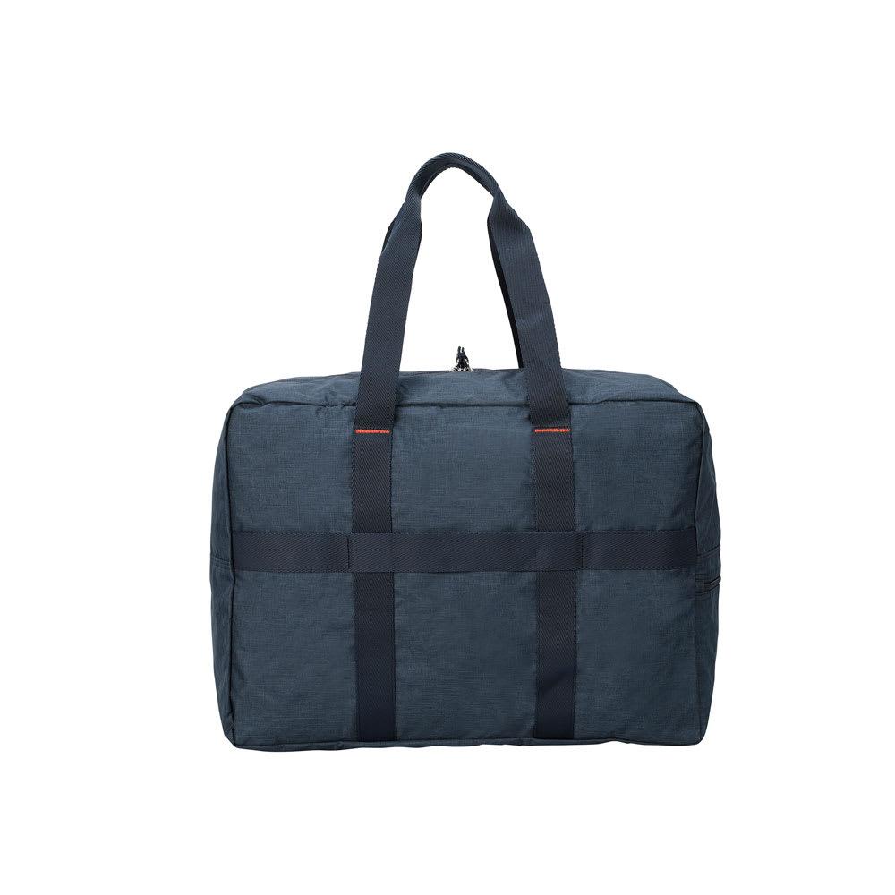 WORLD TRAVELER(ワールドトラベラー)/クローソー パッカブルボストン(小) 背面にはスーツケースに通せるセットアップベルト付き